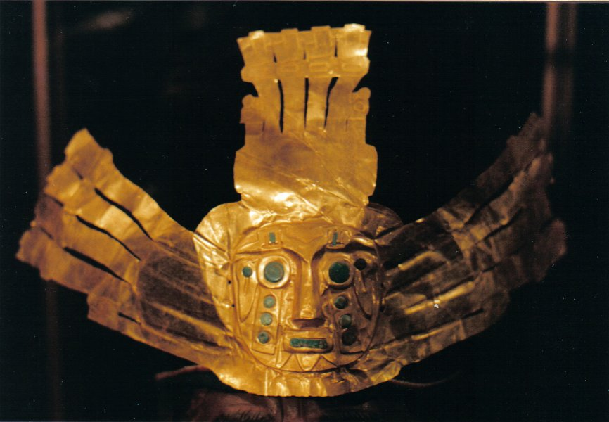 gold mask Bolivia