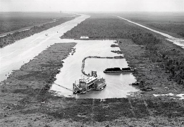 digging gulf outlet in 1958
