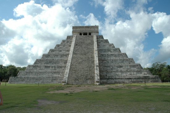 El Castillo – the Most Famous Building of the Mayan Era, Mexico ...